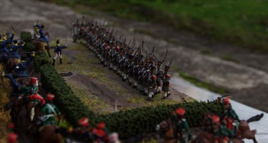 Infanterie Française au 1/72 montant à l'attaque sur 2 rangs