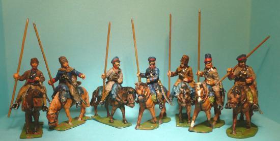 JS 72/0527 7 Cosaques à cheval (1812-1814) en attente (3) et trottant (4)