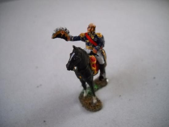 Art Miniaturen JS72/0163 Maréchal Davout à cheval saluant