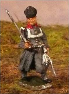 JS72/0602 Officier prussien (1813-1815), en manteau, marchant-Preussischer Offizier (1813-1815), im mantel, vorgehend, 1 figur