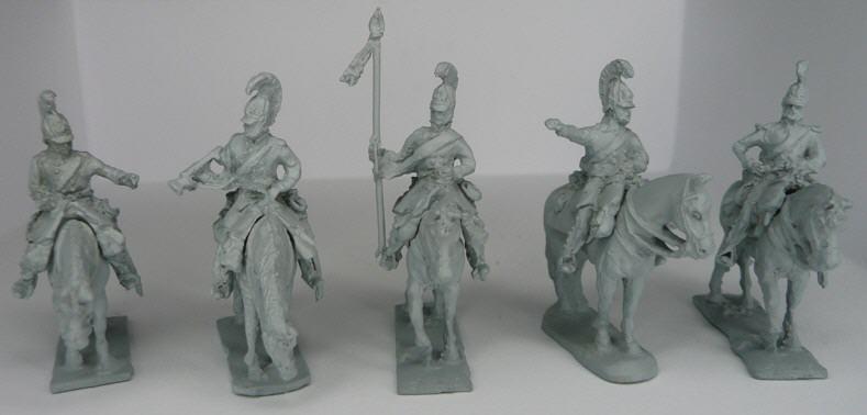 JS72/0641  Commandement de cuirassiers prussiens (1813-1815), à l'arrêt ; 1 officier, 1 porte-étendard, 1 trompette, 2 sous-officiers , inclus 1 étendard  Preussische Kürassiere comandset (1813-1815), abwartend, 1 offizier, 1 Fahnenträger, 1 trompeter, 2 unteroffiziere, 5 figuren und 5 pferde incl. 1 fahne