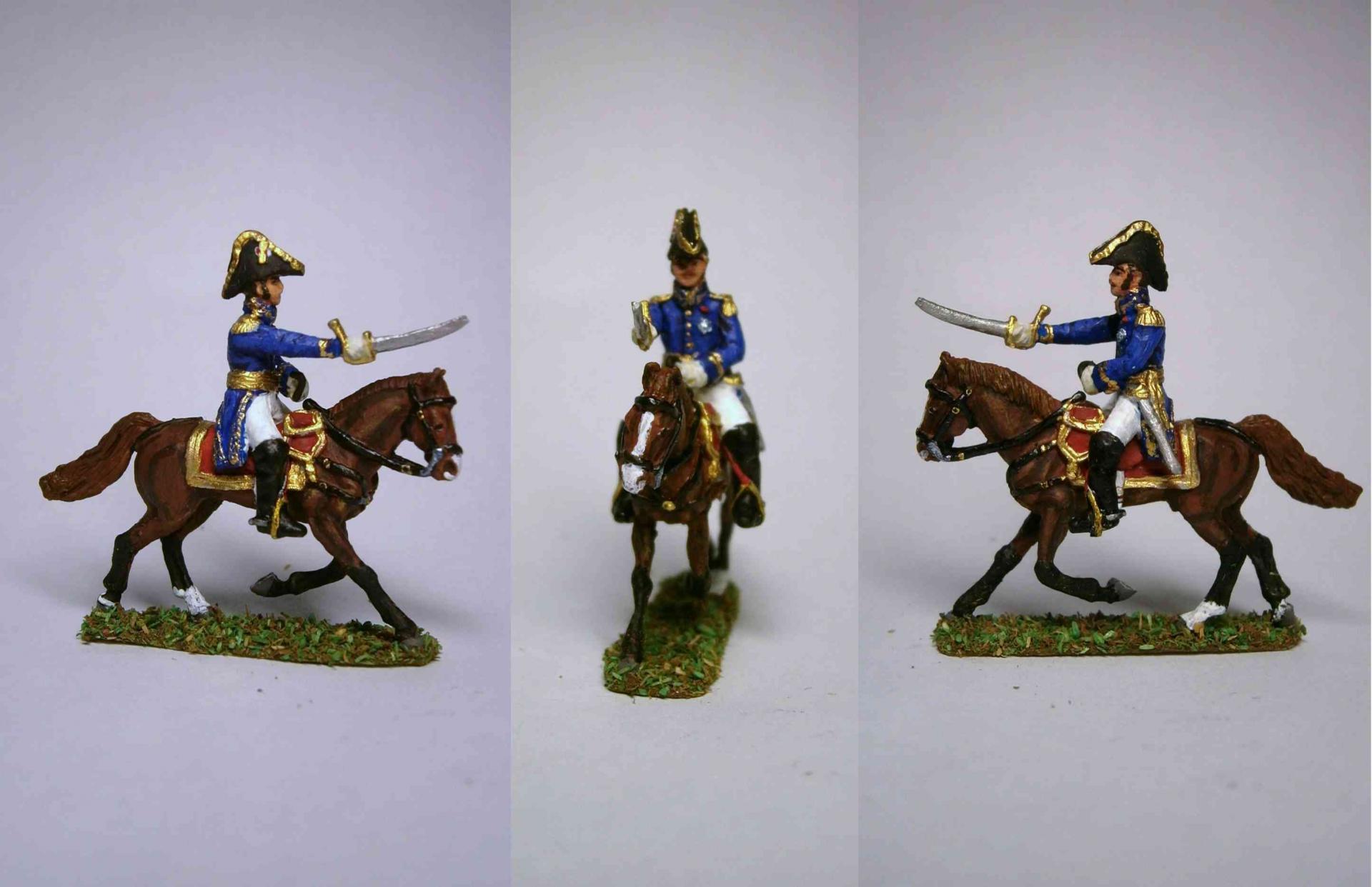 MC004 Général Français chargeant livré avec deux bras différents/General angreifend zu Pferd